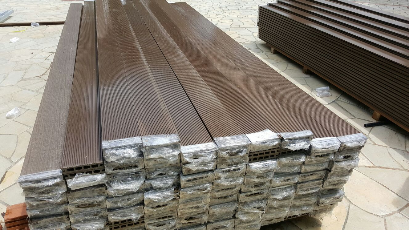 Timber decking materials buildbest roofing construction for Timber decking materials